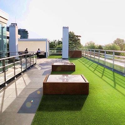 Terrazas con cesped artificial