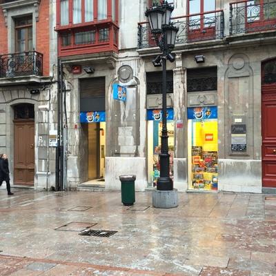 Toy Planet, Oviedo