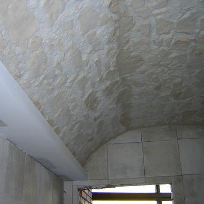 Trabajo en techo de baño.