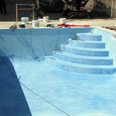 trabajos de aplicacion en piscina