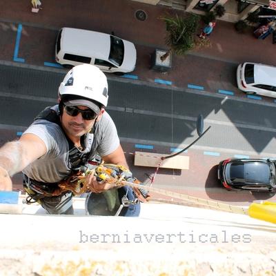 www.berniaverticales.com