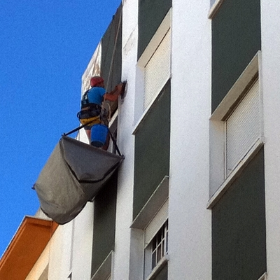 Tratamiento de fisuras en fachada