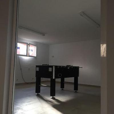 Construcción de un salón en un garaje
