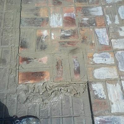 suelo ladrillo refractario antiguo