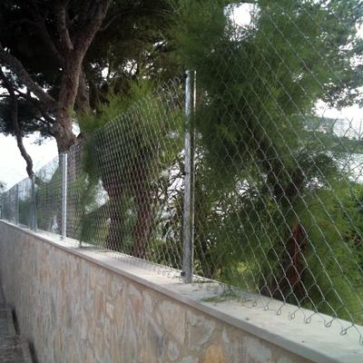 valla y piedra