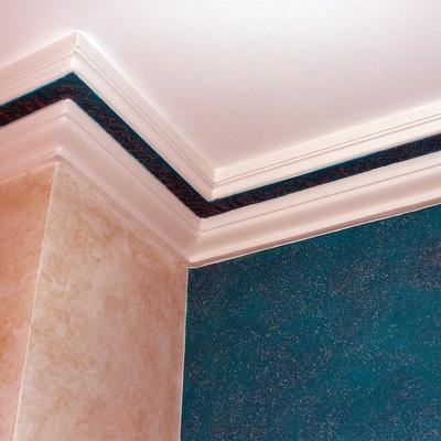 Veladura Agua Marina con pared y moldura de escayola en Patina Oxido Esmeralda