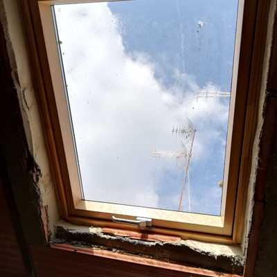 Ventana en techo inclinado