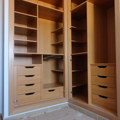 Presupuesto vestir armarios en pinto online habitissimo - Vestir un armario ...