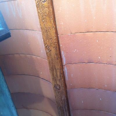 vigas de hormigon imitadas en madera