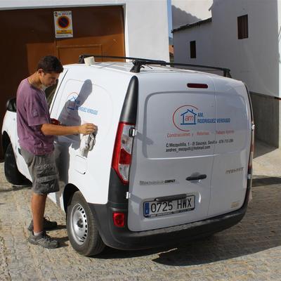 Vinilo Autoadhesivo sobre Vehiculos