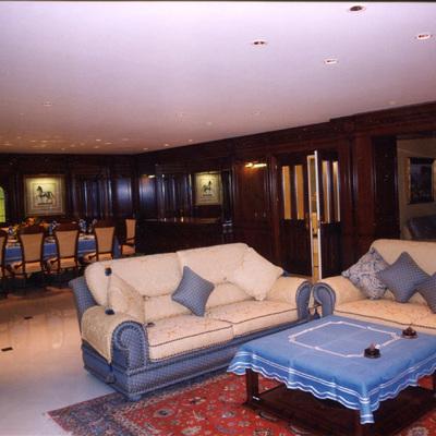 Vista interior del salón-comedor