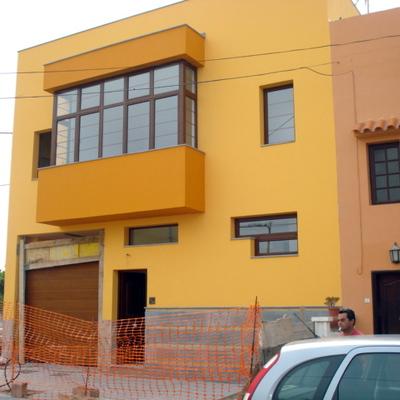 vivienda unifamiliar entre medianera de 2 plantas
