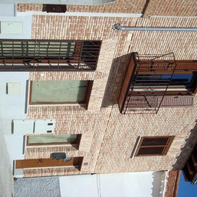 Vivienda y Local comercial en C/ Beatas, en Navalcarnero (Madrid)