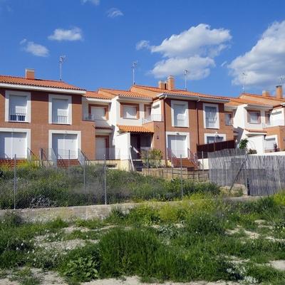 Viviendas unifamiliares en Valverde de Alcalá