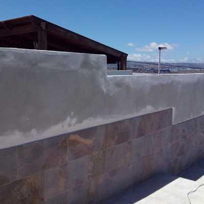 Construcción muros / Trabajos Albañilería.