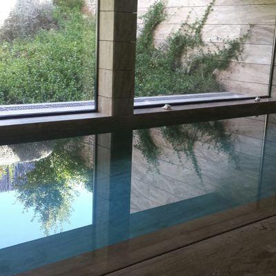 Vivienda unifamiliar con piscina interior