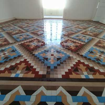 Restauración  Pulido Pavimento de Mosaico de Nolla