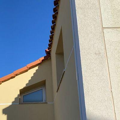 Bajada cable continua Instalación vivienda particular conectada a red 5,28 kWp