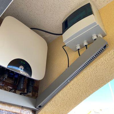 Inversor y Protecciones Instalación vivienda particular conectada a red 1,8kWp