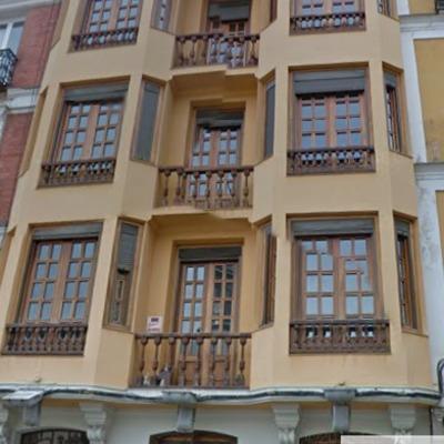 Edificio de viviendas en calle San Gregorio, Madrid