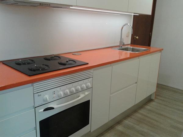 Foto encimera de formica naranja de muebles de cocina Encimeras de cocina formica precios