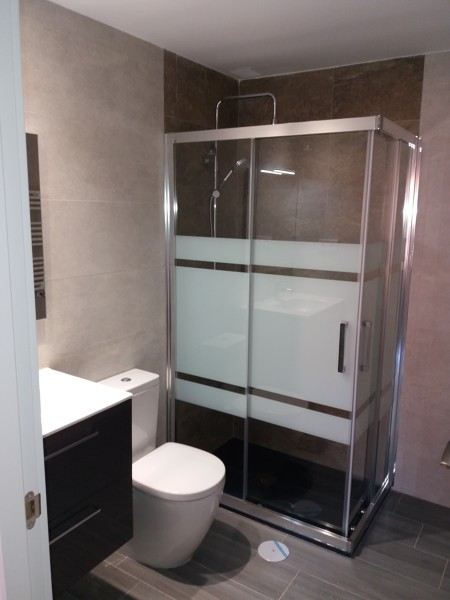 Baño reforma integral 2