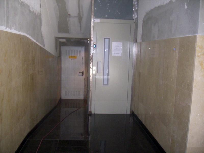 Foto ascensores reforma construcciones reformas de for Zarosan construcciones y reformas sl