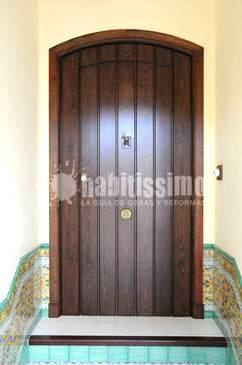Foto construcci n casas puertas entrada muebles medida - Casas de madera santa clara ...
