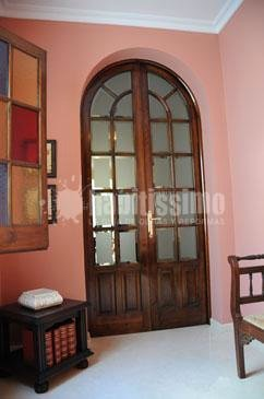 Foto construcci n casas reforma puertas entrada de carpinteria de madera santa clara 12308 - Carpinteria santa clara ...