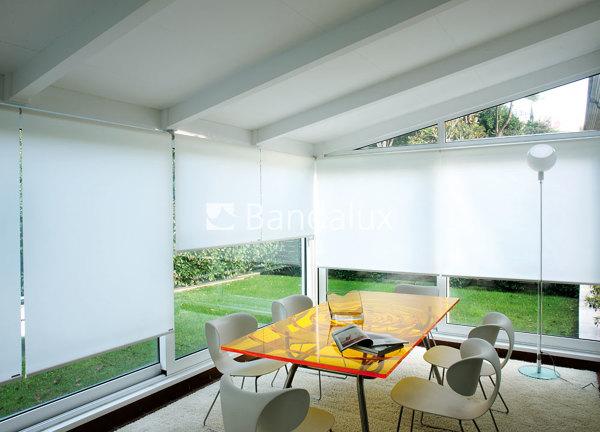 Foto cortinas enrollables bandalux de home office for Precios cortinas bandalux