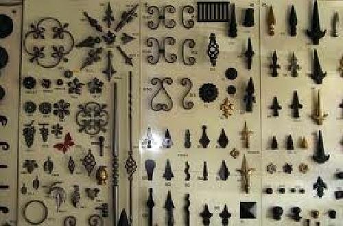 Foto accesorios para herrajes de carpinter a met lica for Herrajes para polyboard