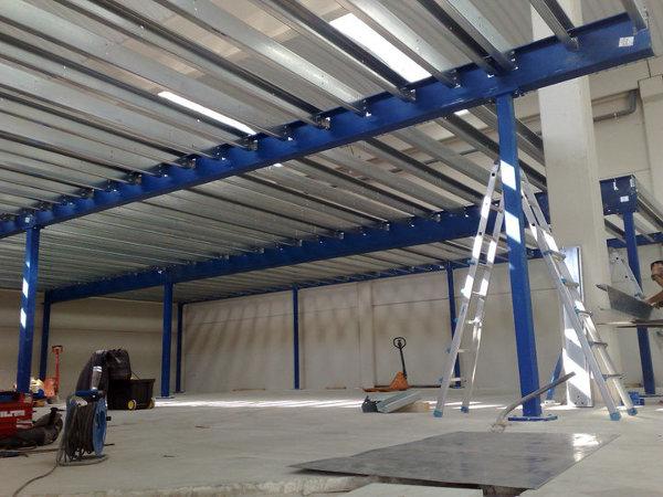 Foto altillos de hierro desmontables de ofix bcn 328525 - Construir un altillo ...