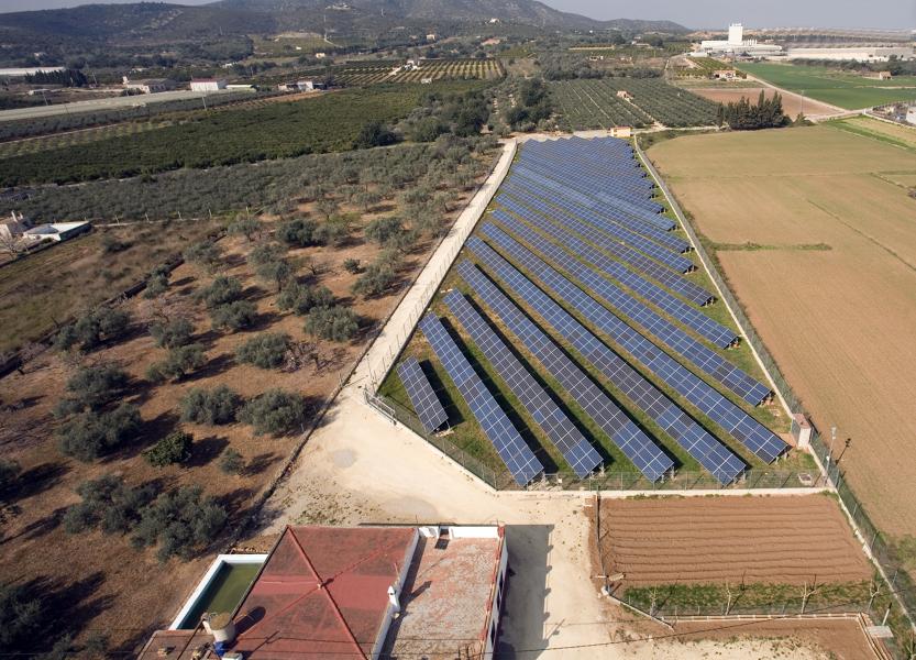 Foto amposta 2 tarragona de c sar nicol s vallellano for Piscina amposta