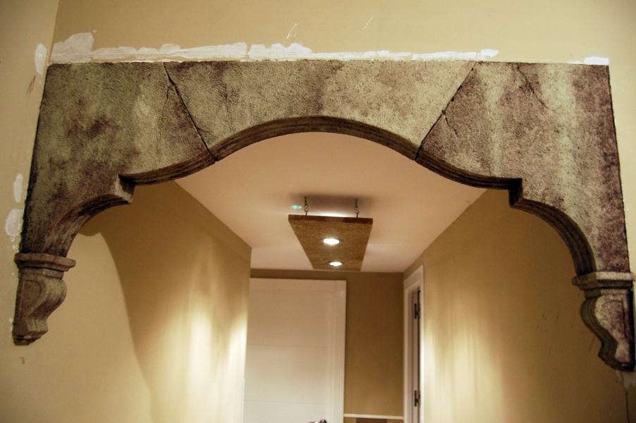 Foto arco de escayola imitacion piedra de gamella y for Decoracion para casa en yeso