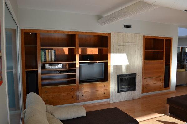 foto armario comedor con chimenea incorcoprada de muebles