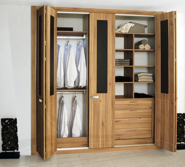 Foto armario mix de puertas abatibles y plegables serie - Puertas armario abatibles ...