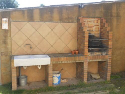Foto barbacoa de obra de g c b project management s l - Parrilla para barbacoa de obra ...