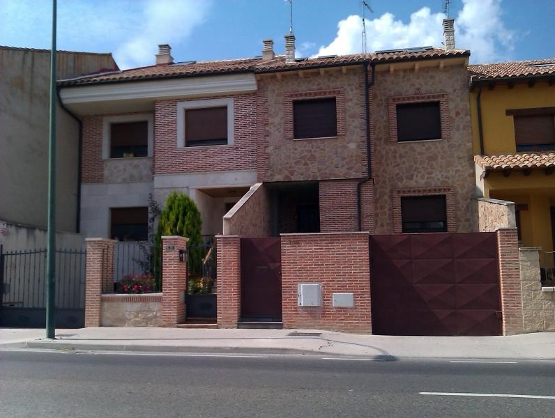 Foto casas en pe afiel valladolid de arquitectos - Casas prefabricadas en valladolid ...