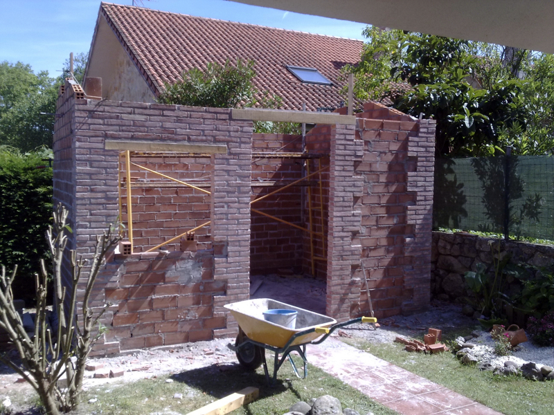 Foto caseta de jardin de construcciones y reformas for Casetas de jardin grandes