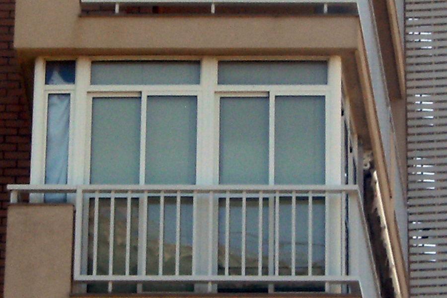 Foto cerramiento de terrazas de alcris sistemas s l 211680 habitissimo - Cerrar terraza aluminio ...
