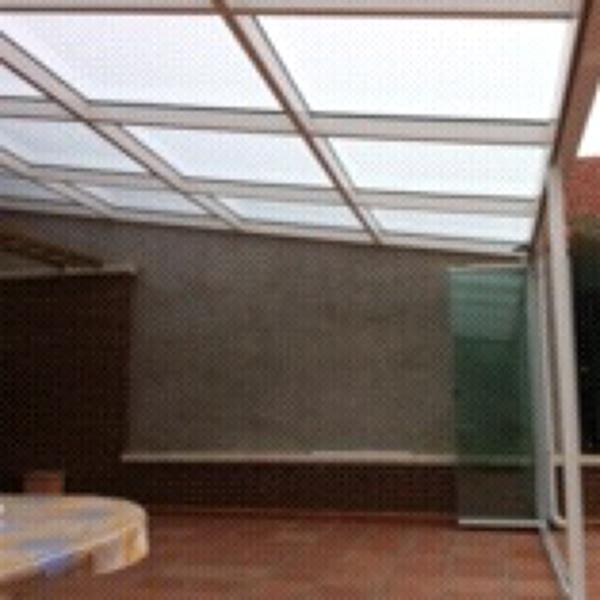 Foto cerramiento porche mediante cubierta de vidrio y - Cubiertas de cristal para terrazas ...