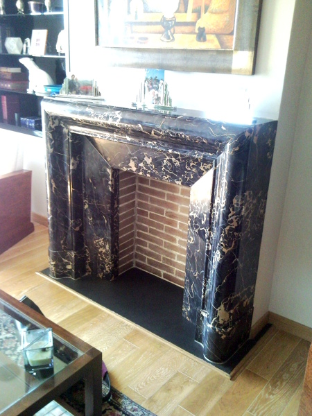 Foto chimenea de m rmol simulada decorativa de for Como hacer marmol