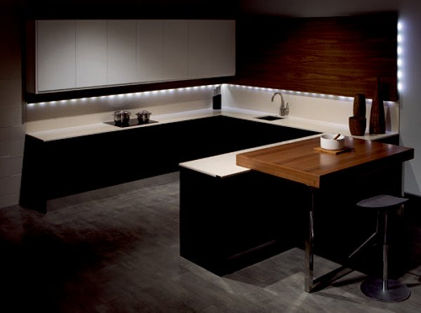 Foto: Iluminacion Clasica bajo Mueble Cocina de Instalaciones Jbf ...