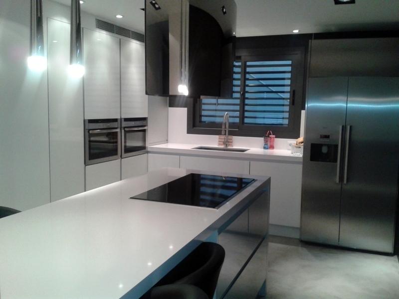 Foto cocina en tiana de jocar 273112 habitissimo - Cocinas jocar ...