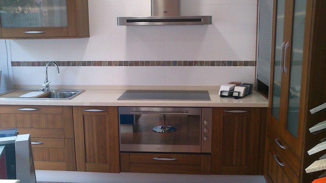 Foto cocina exposici n de rm reformes i materials - Muebles de cocina en valencia ...