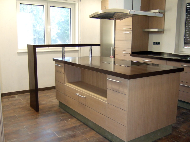 Foto cocina silestone gedatsu de marmol porvi sl 268403 for Habitissimo cocinas
