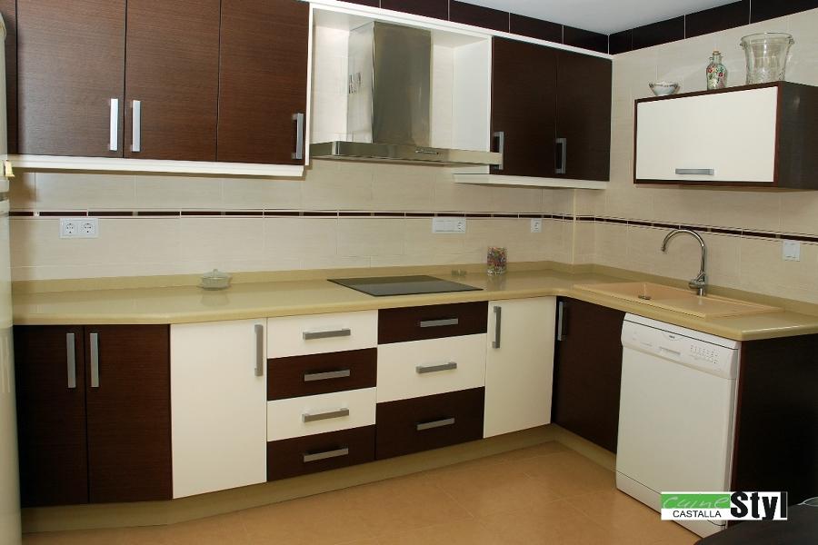 Foto cocinas modernas de muebles de cocina cuinetyl for Modelos de muebles de cocina modernos