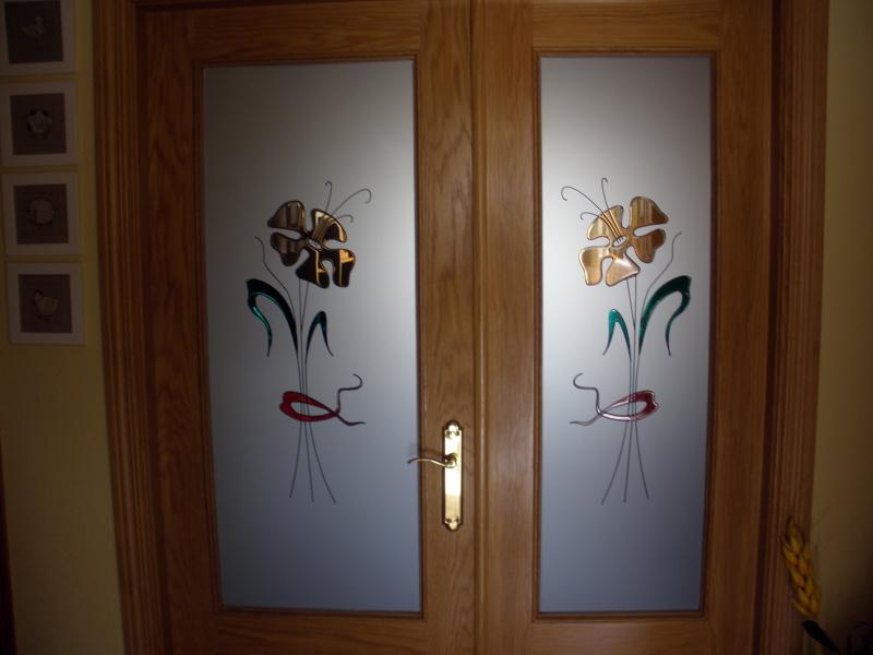 Foto cristales para puertas de paso de cristaler a santos for Vidrios decorados para puertas interiores