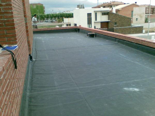 Foto cubierta plana invertida no transitable de quim san for Cubierta piscina transitable