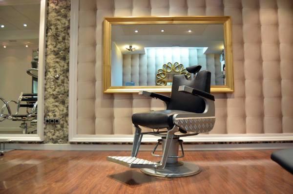 Foto decoraci n centro de est tica y peluquer a de - Como amueblar una peluqueria ...